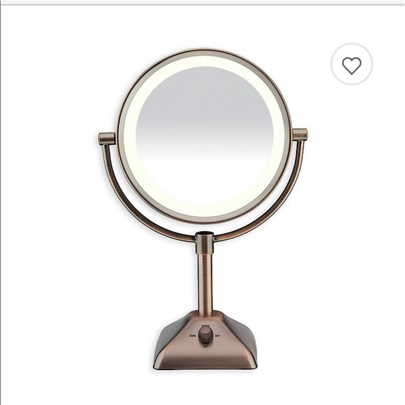Bed Bath & Beyond Other - CONAIR Variable lighted mirror